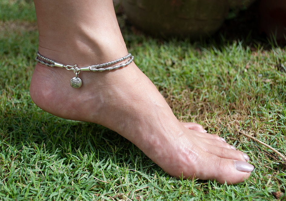 Model wearing double strand silver anklet by Hill to Street